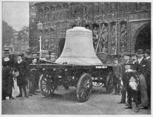 The bells of Lankville's cathedral arriving from Lanque-Ville-sur-Lac in 1898.