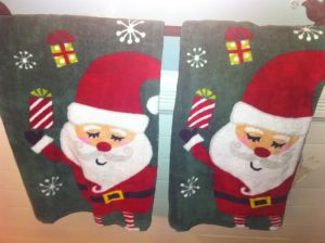 The special holiday-themed hand towels.