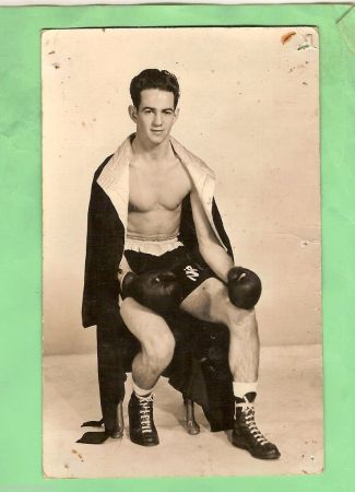 "Rocky ""Fancy Boy"" Pheft (1949-1962), 52-25, 33 KO)"